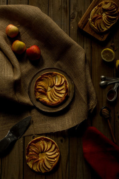Apple Tartlets with Goat Cheese and Honey ⋆ Recipe - South ...
